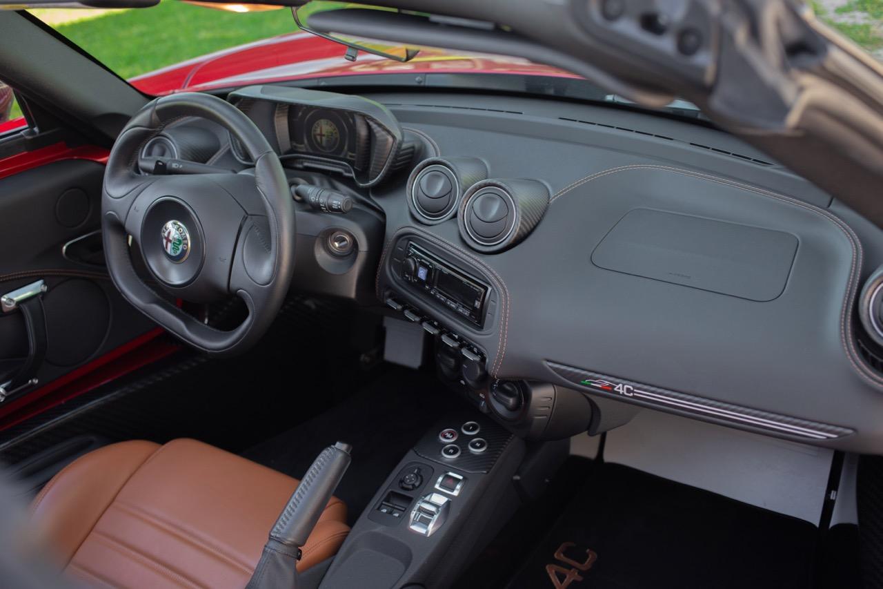 2016 Alfa Romeo 4C Spider (GM179731) - 51.jpg