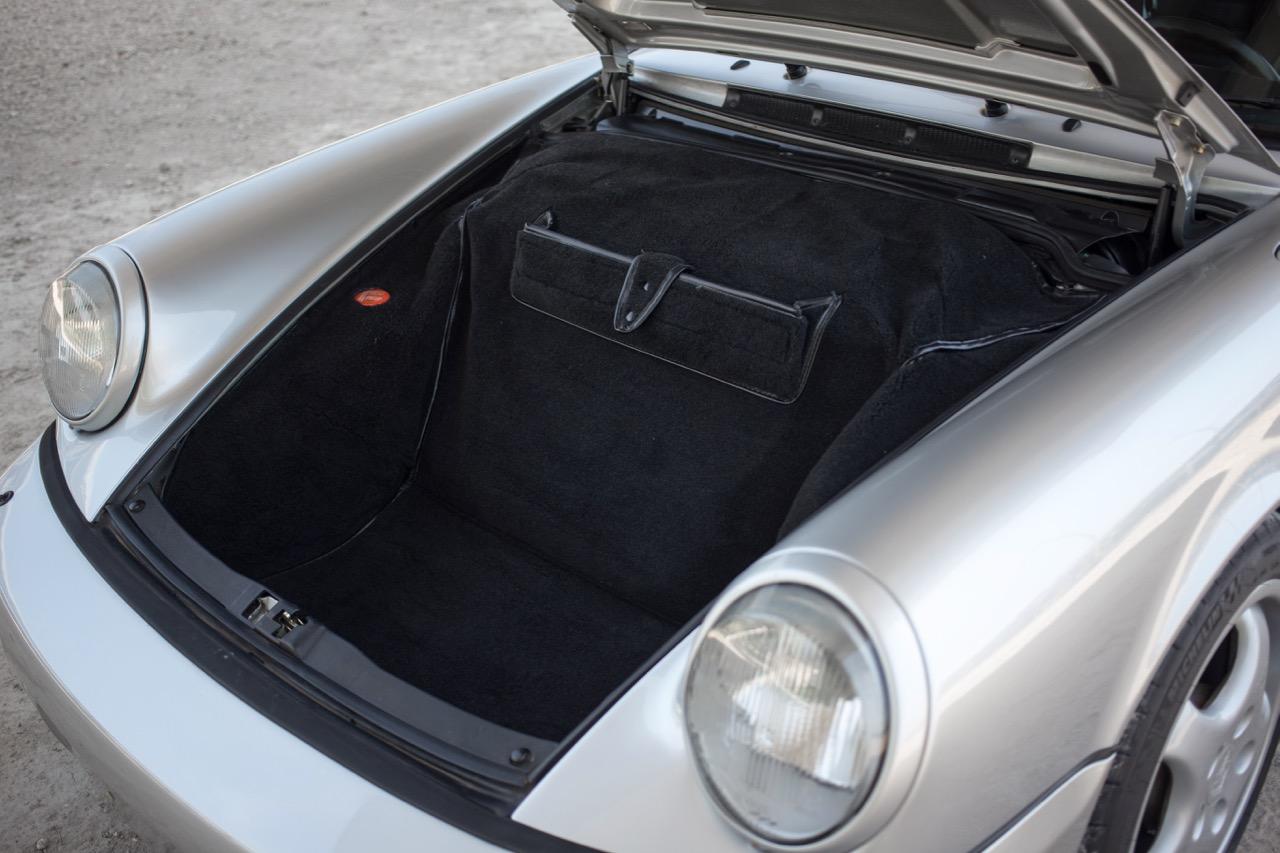 1990 Porsche 911 Carrera 2 (LS405914) - 90.jpg