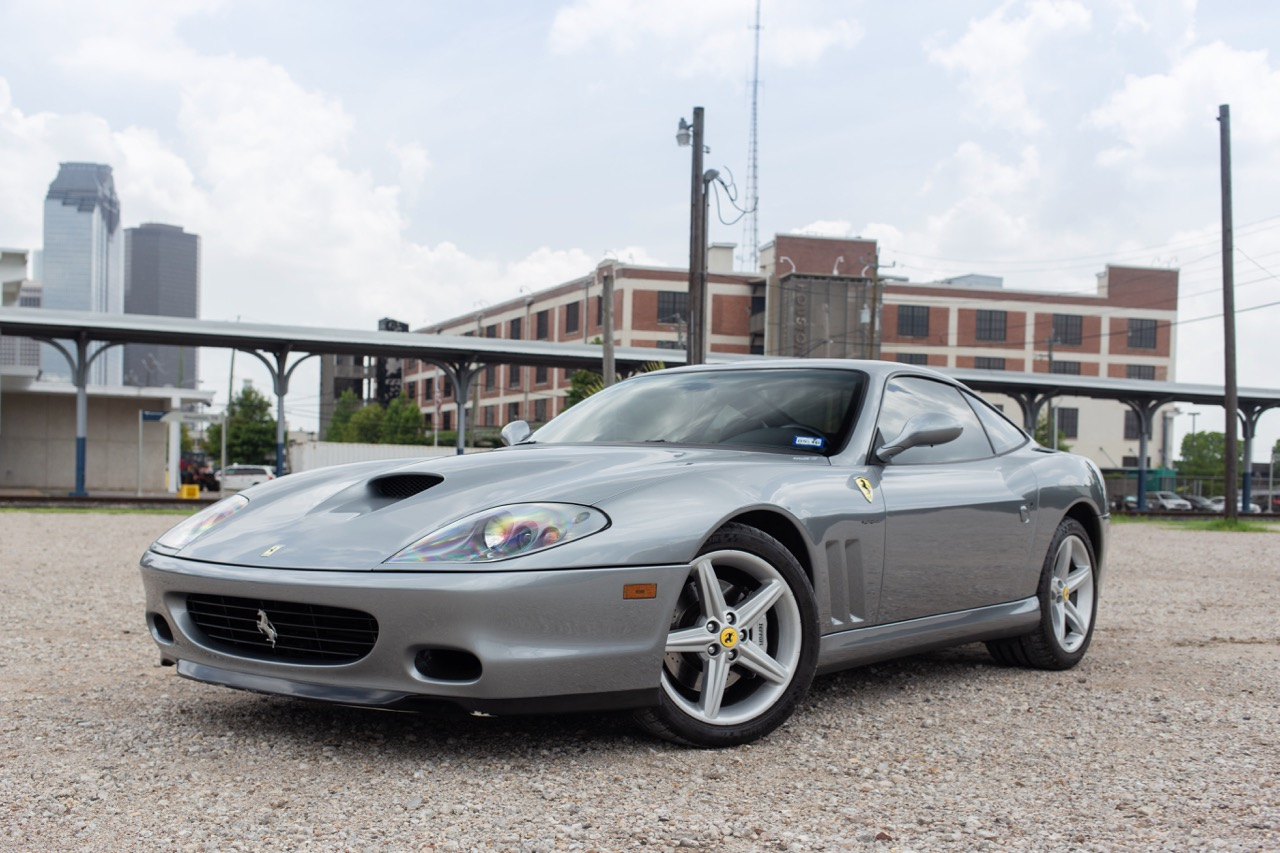 2002 Ferrari 575 Maranello (20128898) - 01.jpg