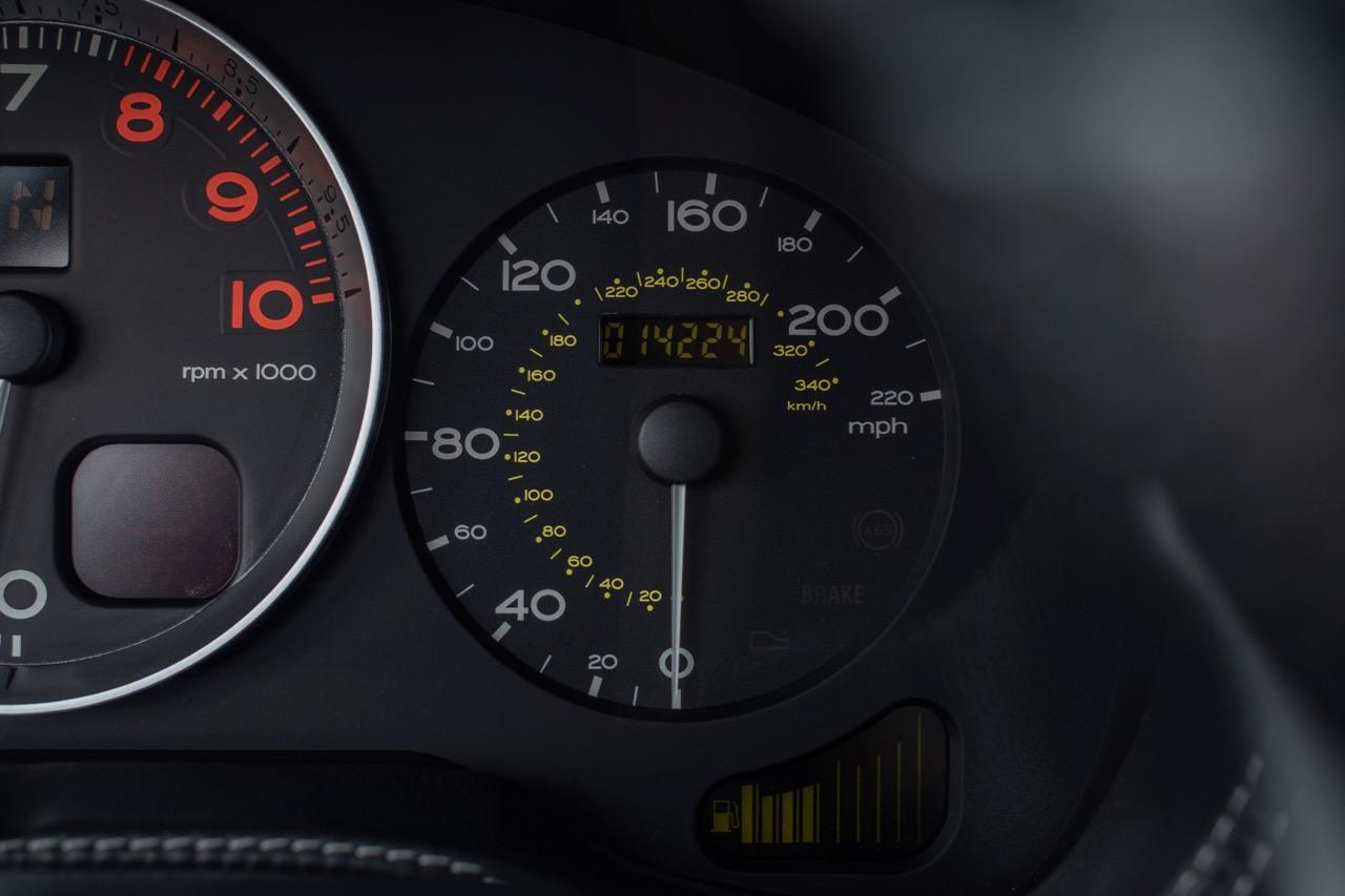 2002 Ferrari 575 Maranello (20128898) - 41.jpg
