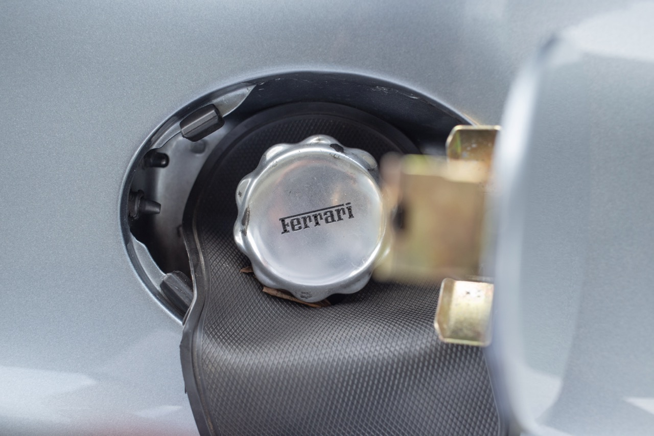 2002 Ferrari 575 Maranello (20128898) - 80.jpg
