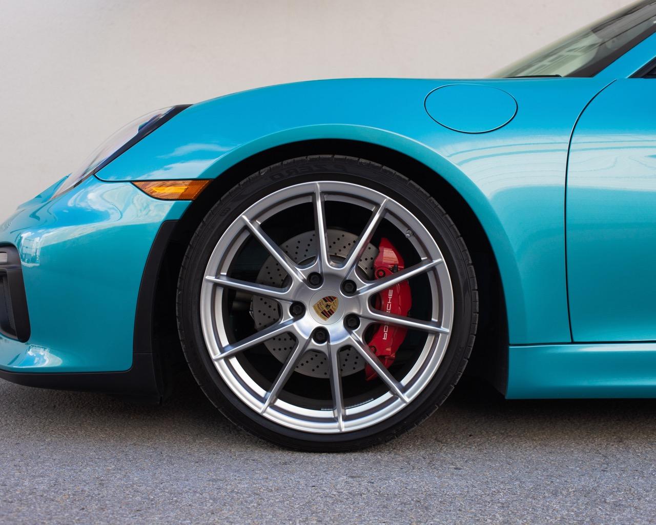 2016 Porsche Boxster Spyder (GS152671) - 28.jpg