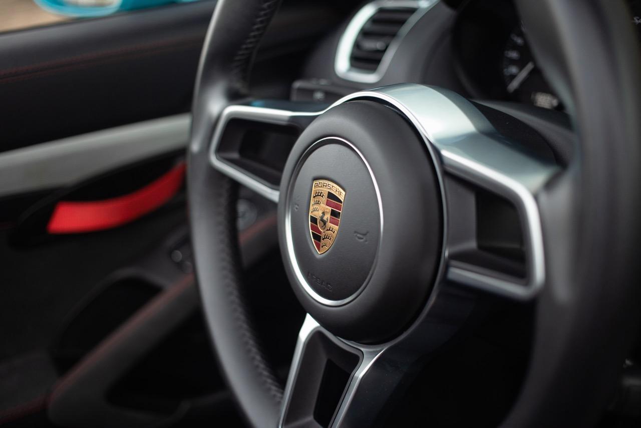 2016 Porsche Boxster Spyder (GS152671) - 35.jpg