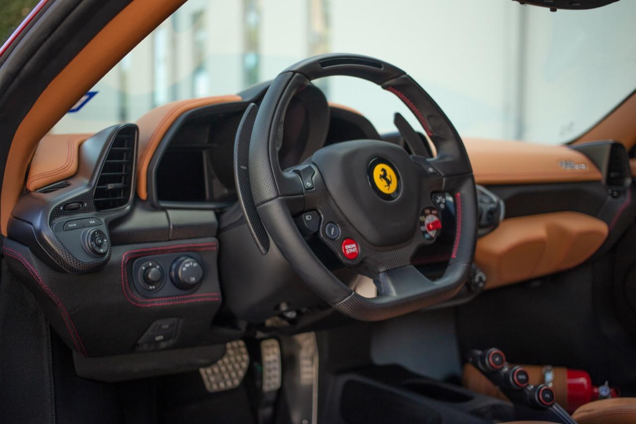 2015 Ferrari 458 Speciale (F0212991) - 38.jpg