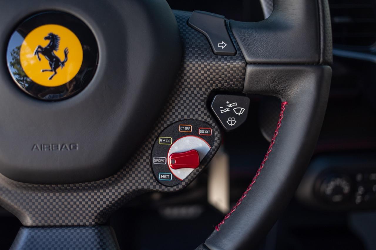 2015 Ferrari 458 Speciale (F0212991) - 43.jpg