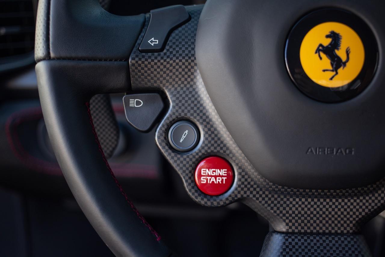 2015 Ferrari 458 Speciale (F0212991) - 44.jpg