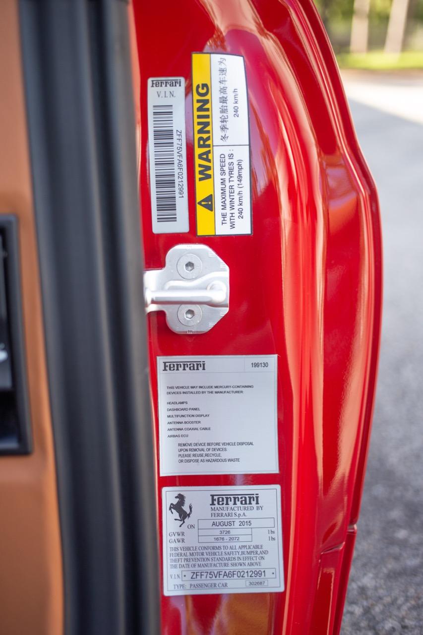 2015 Ferrari 458 Speciale (F0212991) - 88.jpg