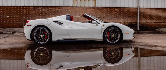 2017 Ferrari 488 Spider (H0222566) - 012.jpg