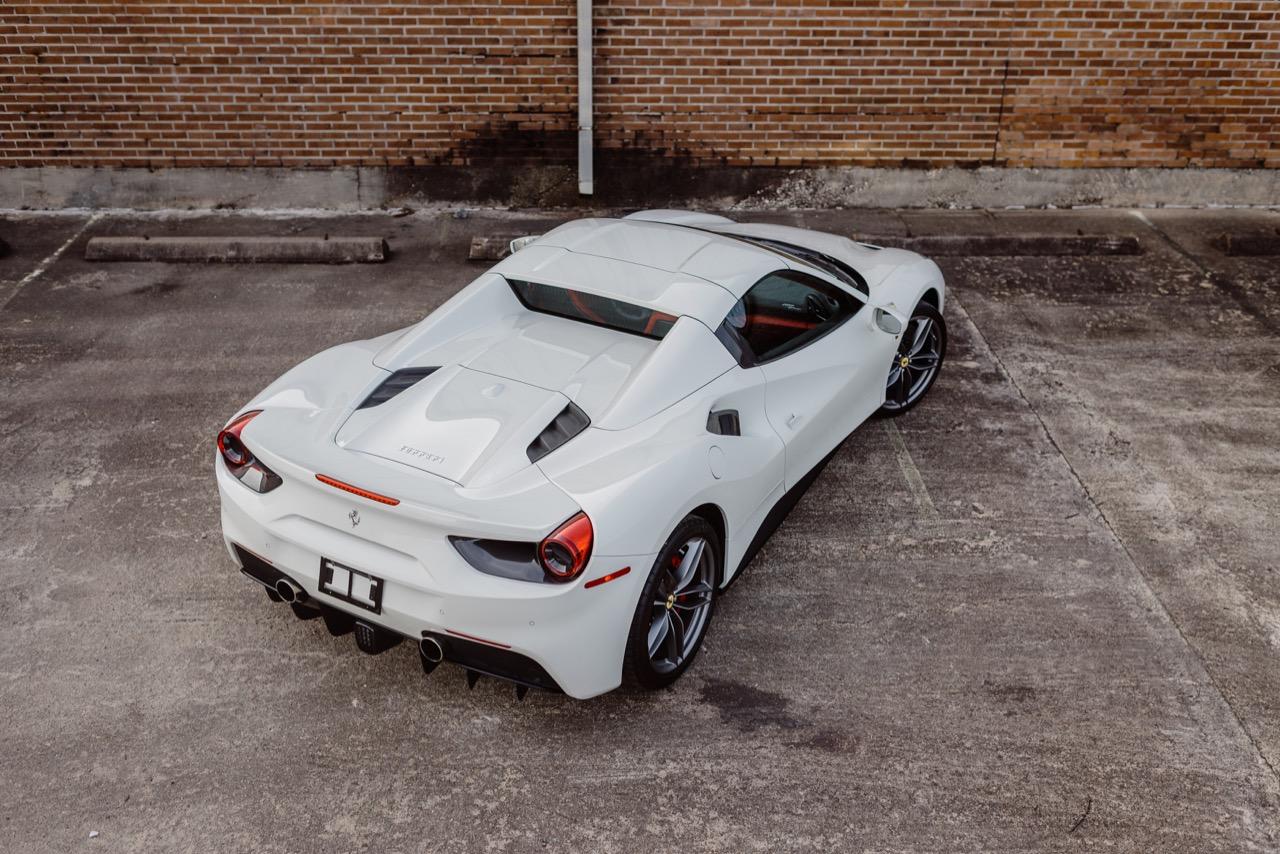 2017 Ferrari 488 Spider (H0222566) - 014.jpg