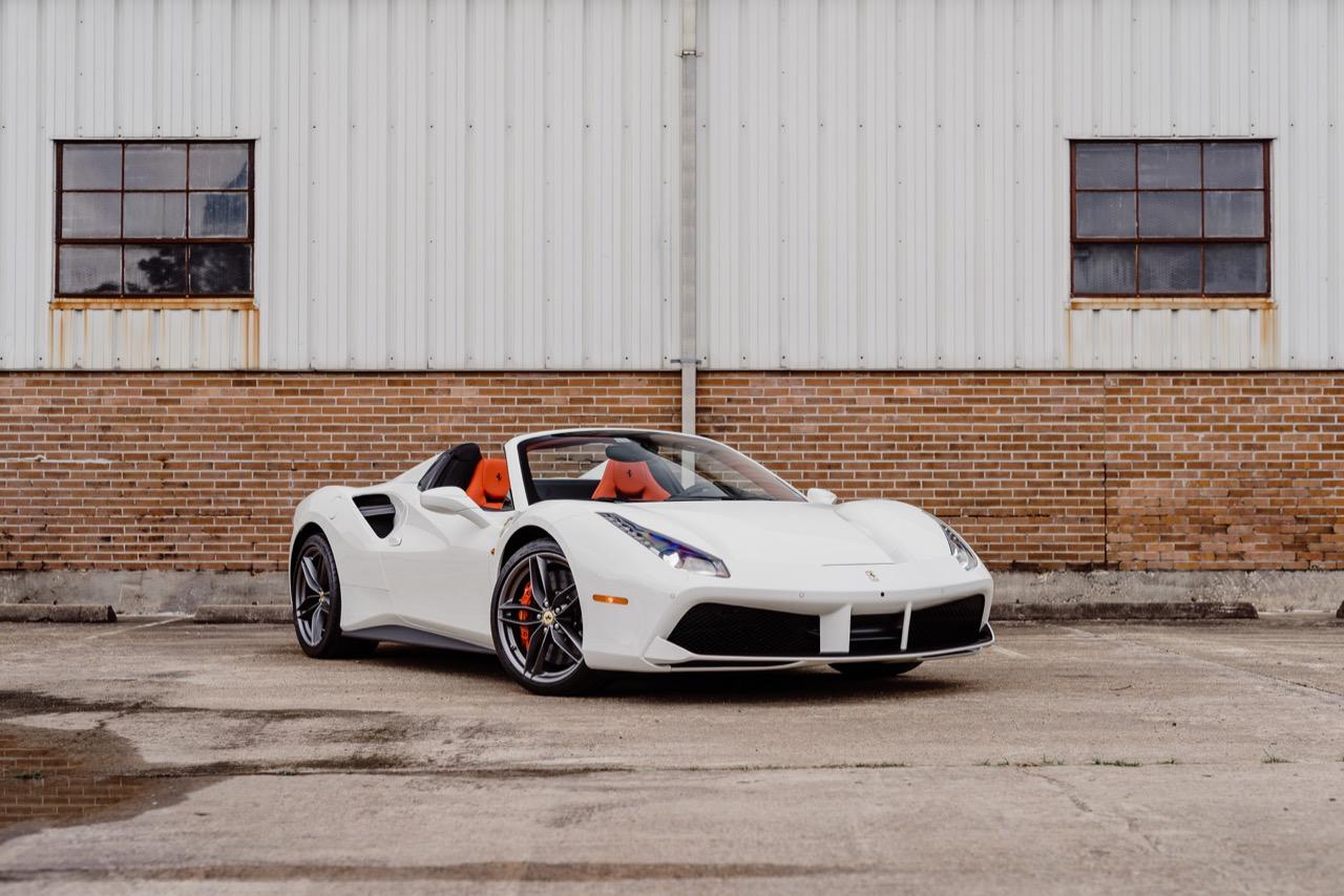 2017 Ferrari 488 Spider (H0222566) - 042.jpg