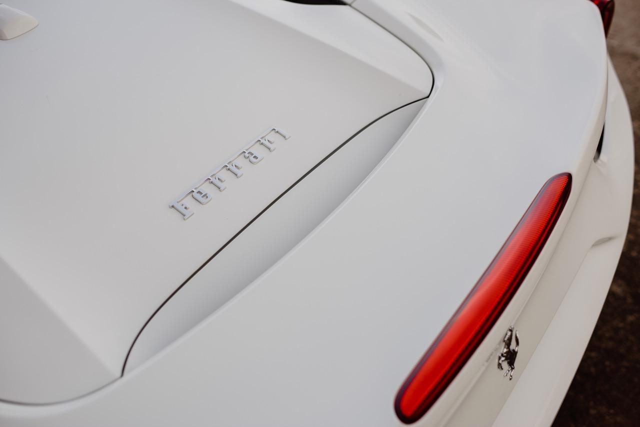 2017 Ferrari 488 Spider (H0222566) - 069.jpg