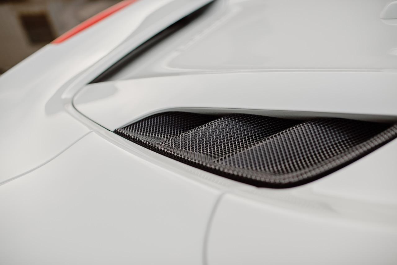 2017 Ferrari 488 Spider (H0222566) - 073.jpg