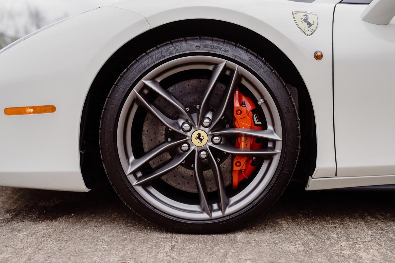 2017 Ferrari 488 Spider (H0222566) - 083.jpg