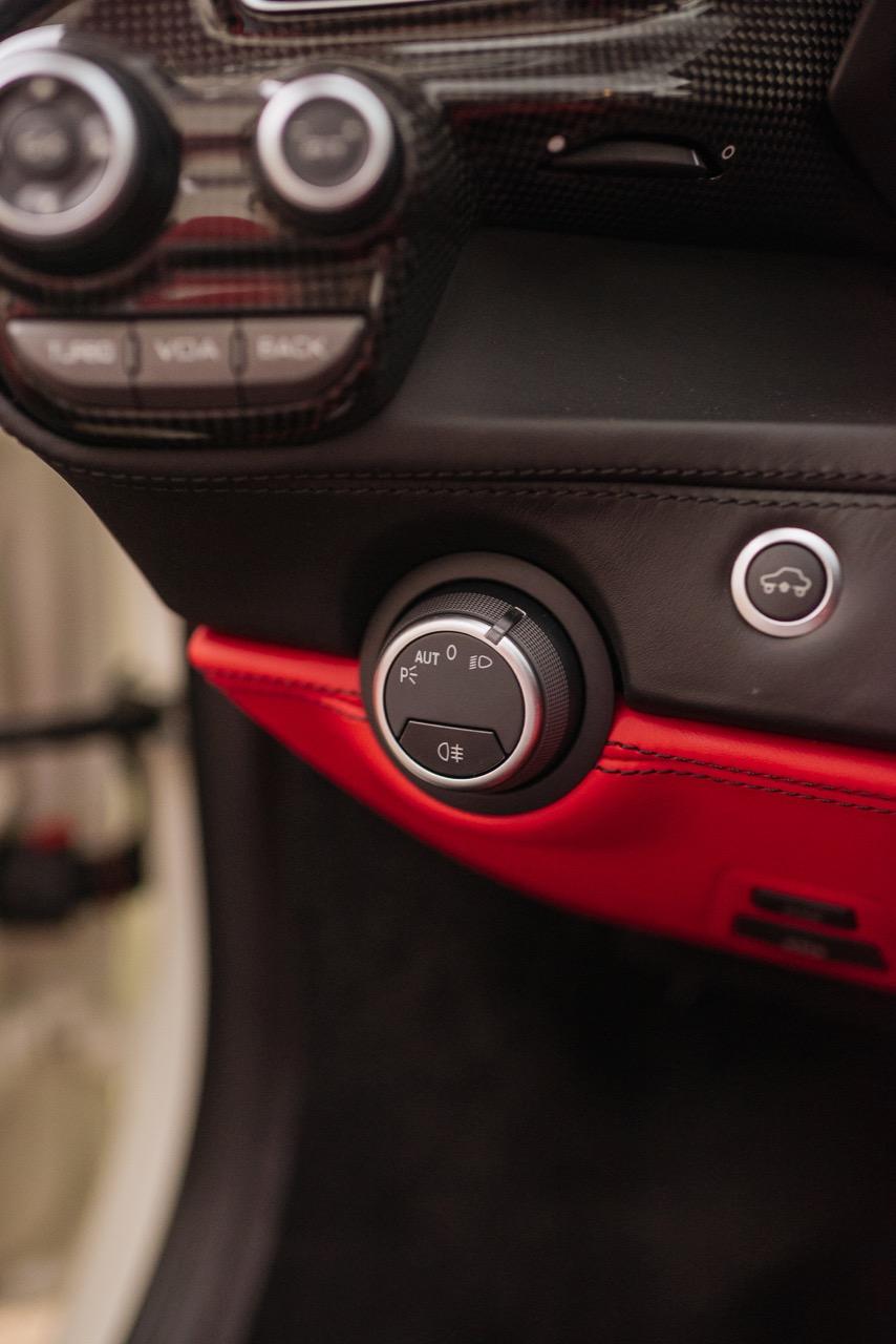 2017 Ferrari 488 Spider (H0222566) - 104.jpg