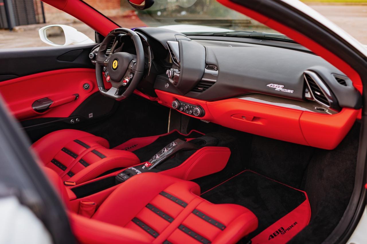 2017 Ferrari 488 Spider (H0222566) - 117.jpg