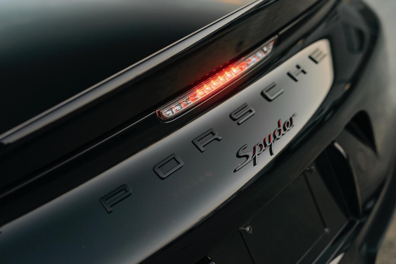 2016 Porsche Boxster Spyder (GS152106) - 093.jpg
