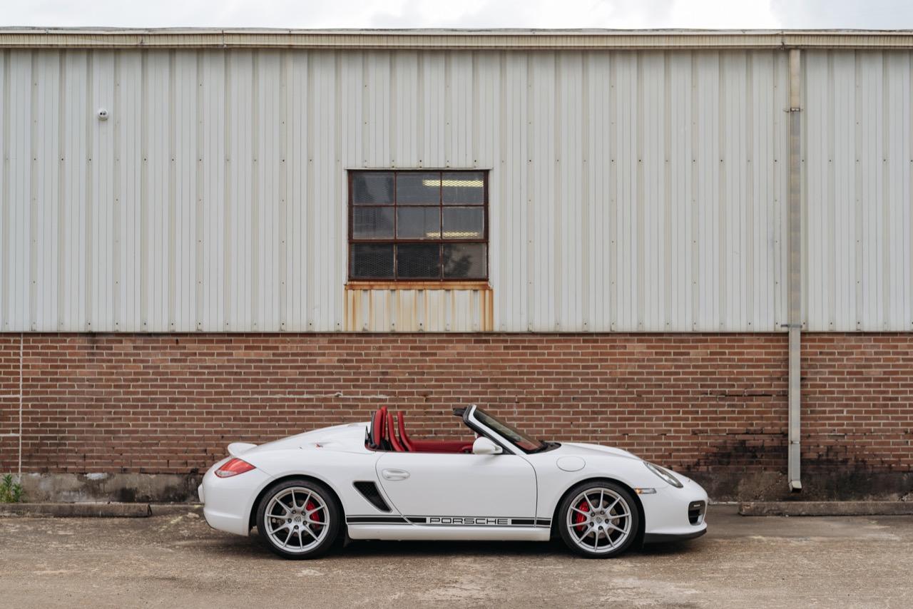 2011 Porsche Boxster Spyder (BS745117) - 002.jpg