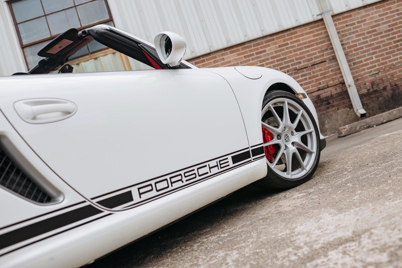 2011 Porsche Boxster Spyder (BS745117) - 086.jpg