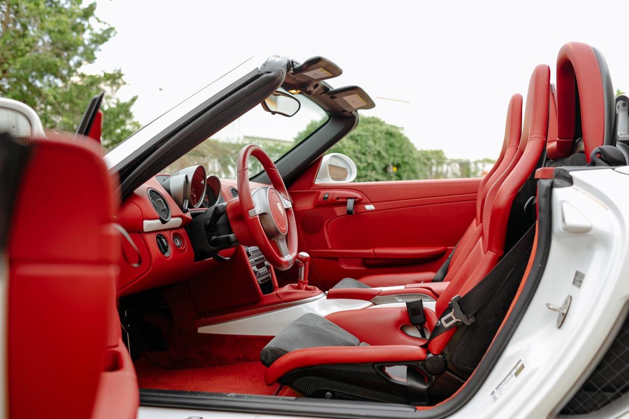 2011 Porsche Boxster Spyder (BS745117) - 089.jpg