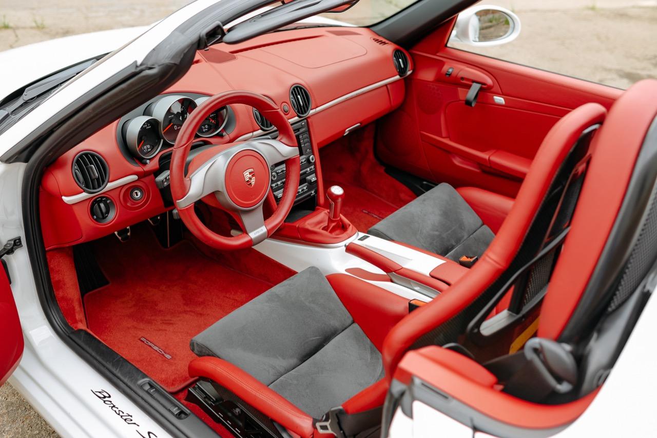 2011 Porsche Boxster Spyder (BS745117) - 090.jpg