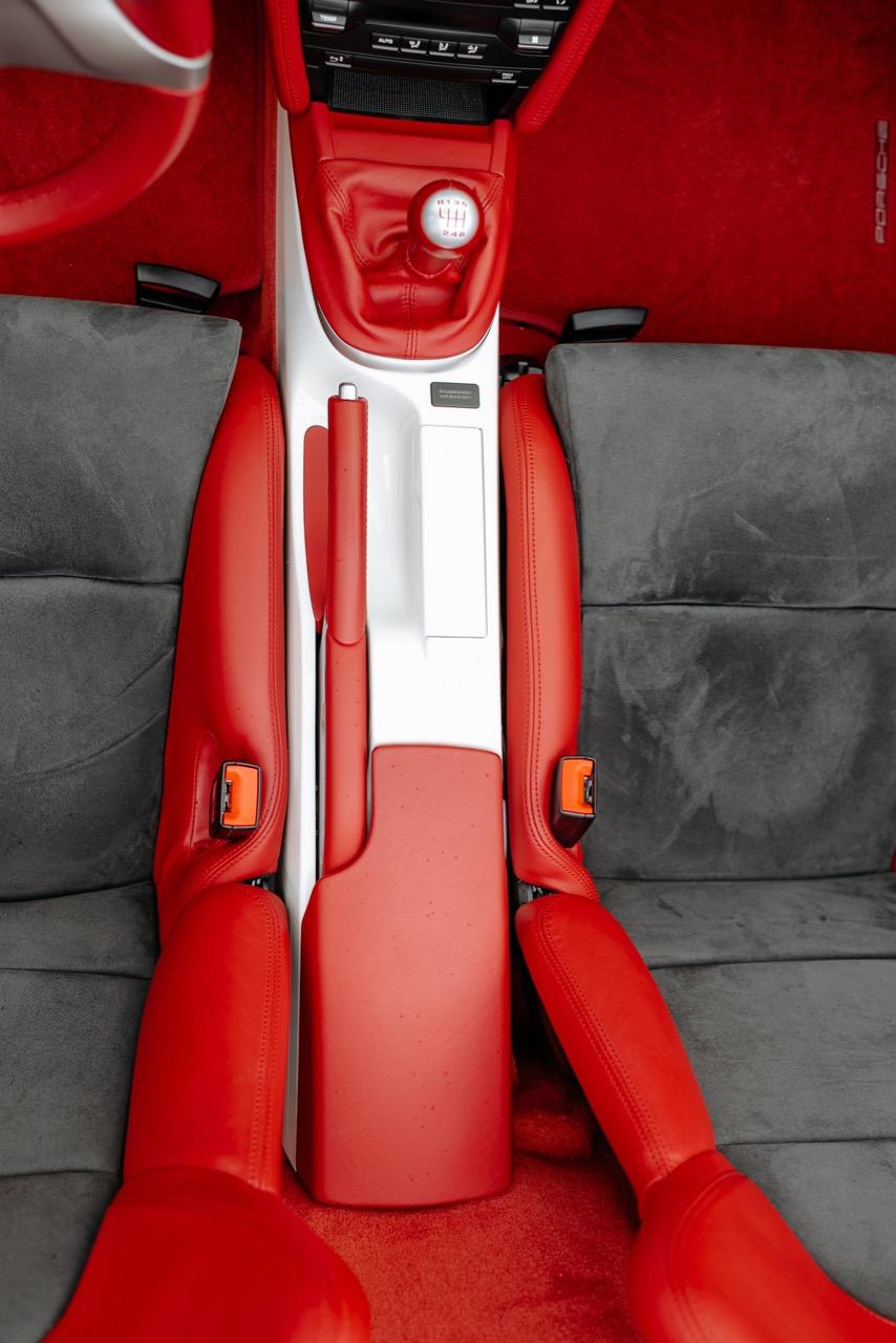2011 Porsche Boxster Spyder (BS745117) - 094.jpg