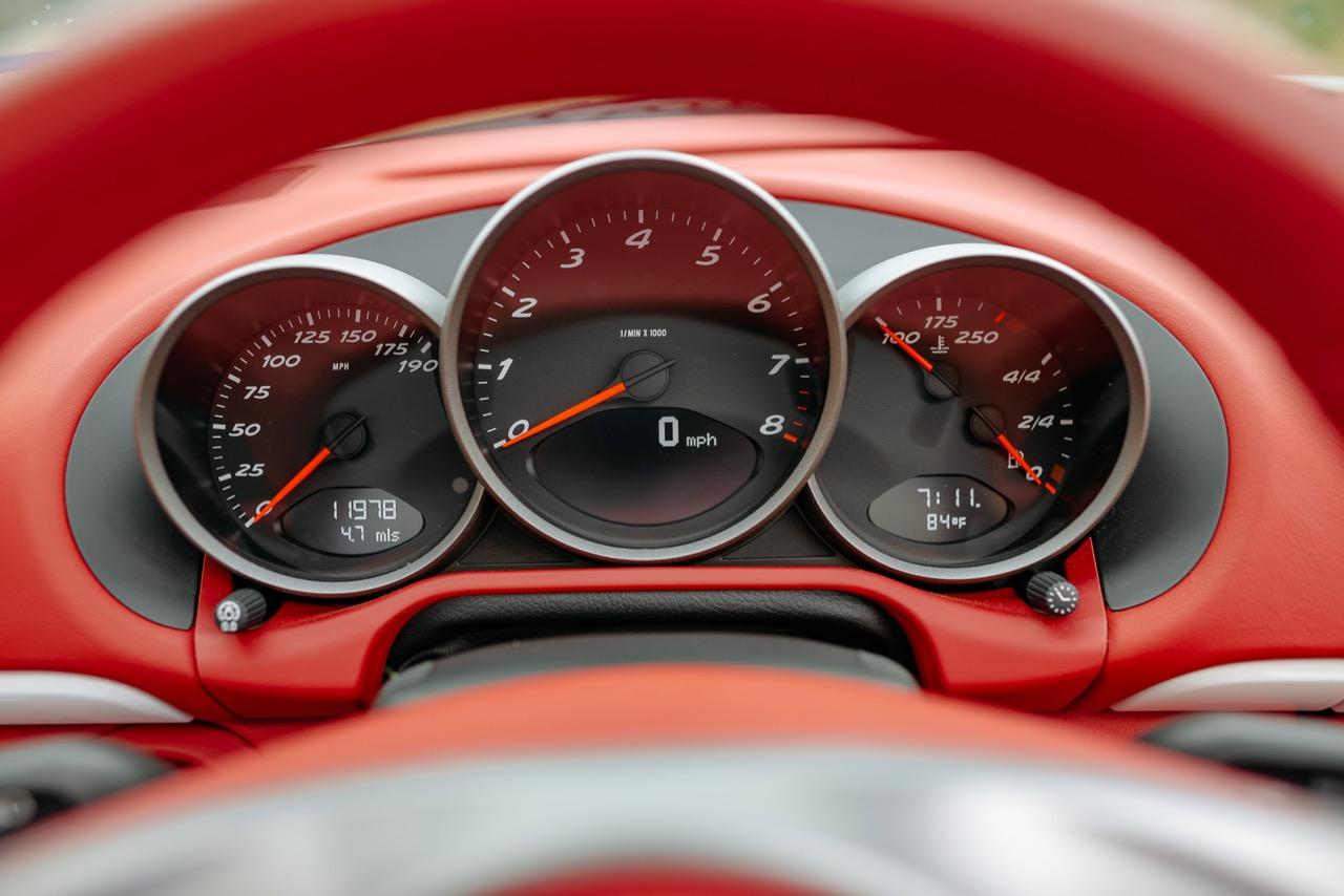 2011 Porsche Boxster Spyder (BS745117) - 095.jpg