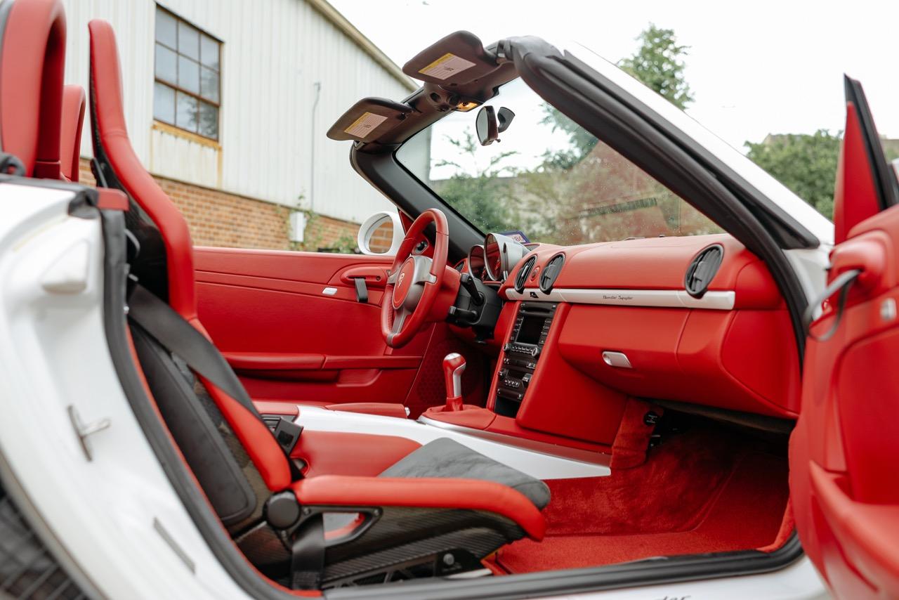 2011 Porsche Boxster Spyder (BS745117) - 099.jpg