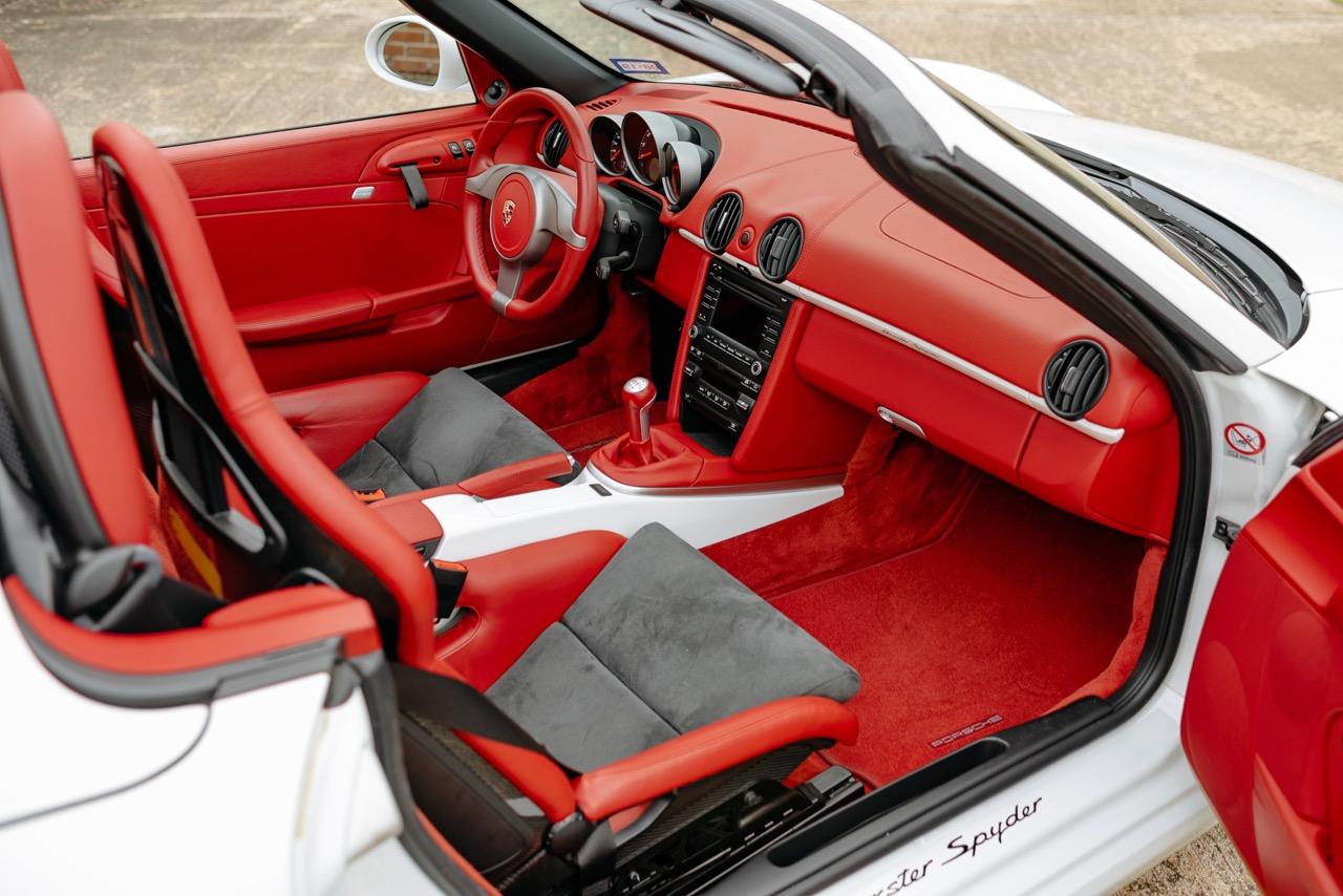 2011 Porsche Boxster Spyder (BS745117) - 100.jpg