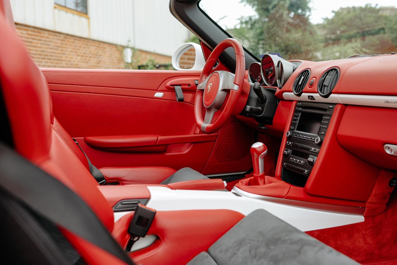 2011 Porsche Boxster Spyder (BS745117) - 102.jpg