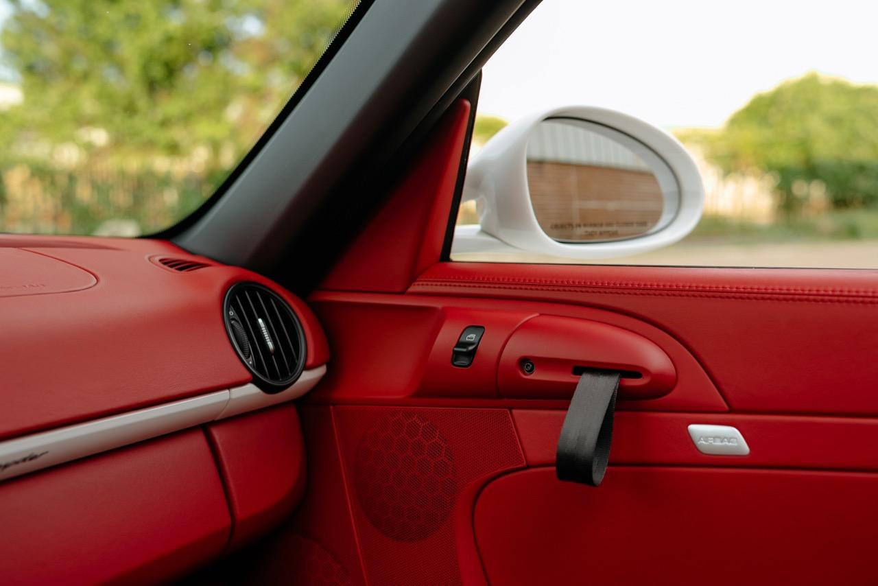 2011 Porsche Boxster Spyder (BS745117) - 110.jpg