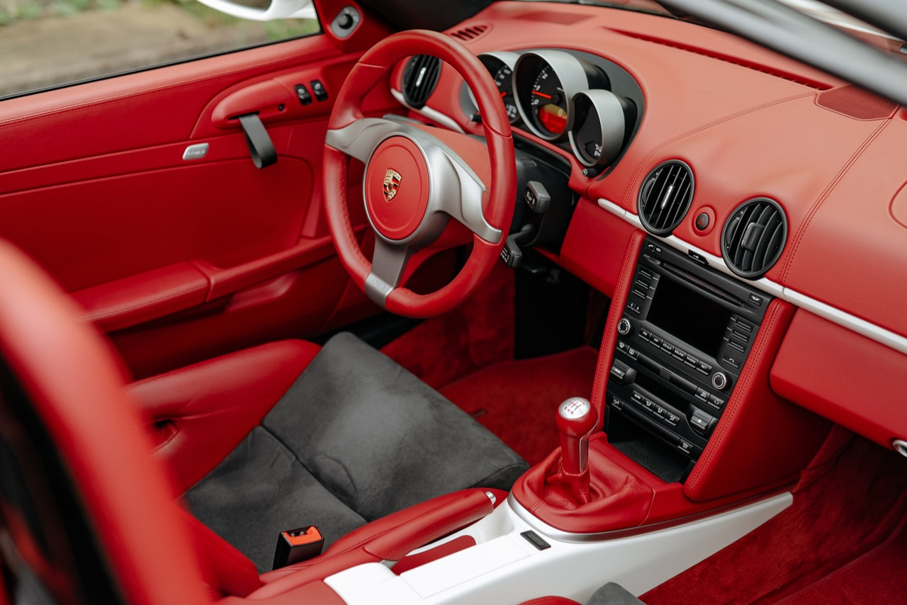 2011 Porsche Boxster Spyder (BS745117) - 114.jpg