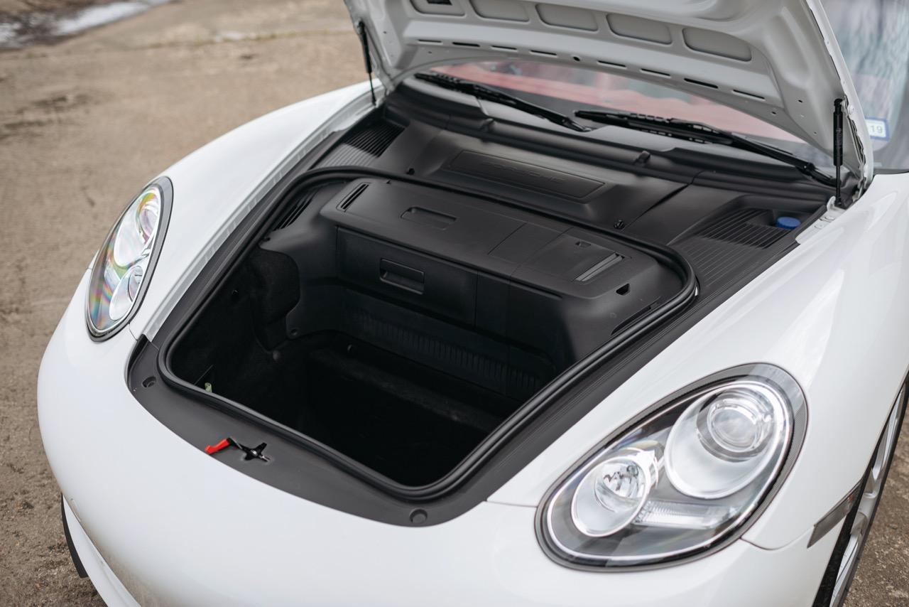 2011 Porsche Boxster Spyder (BS745117) - 118.jpg