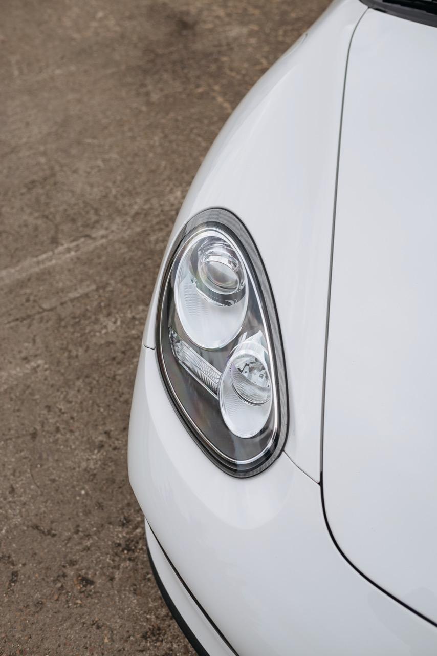 2011 Porsche Boxster Spyder (BS745117) - 123.jpg