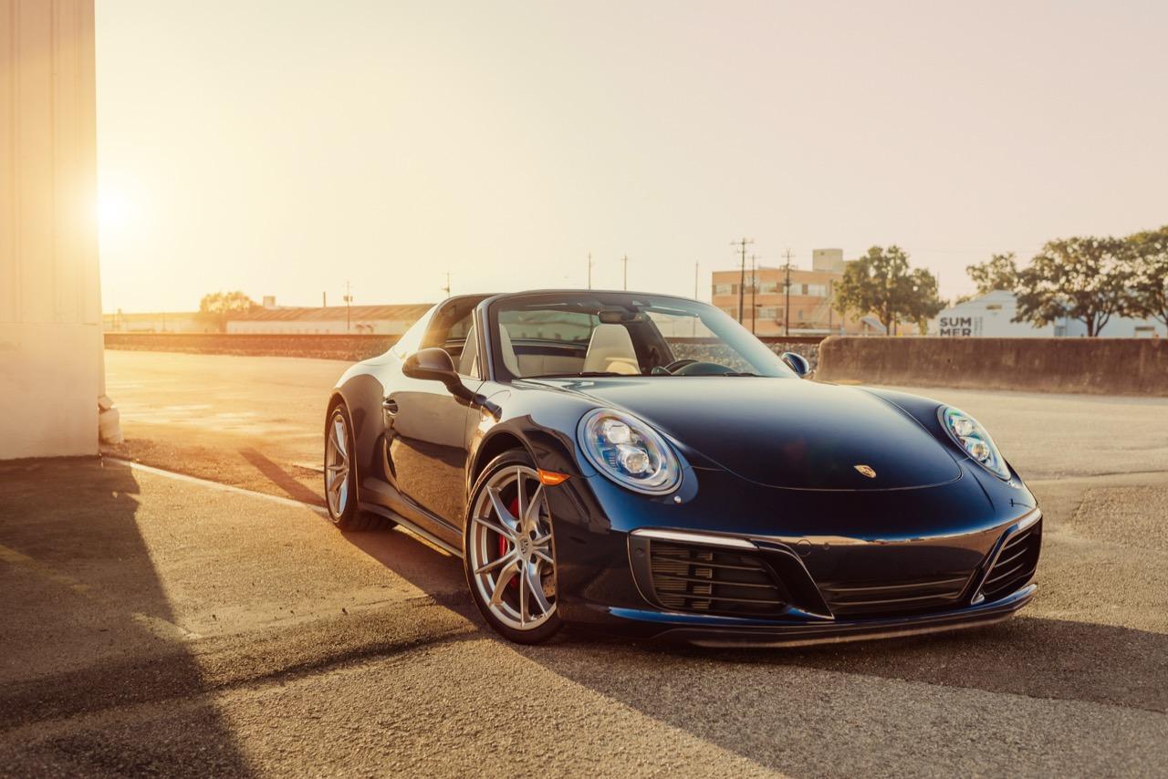 2017 Porsche 911 Targa 4S (HS136712) - 003.jpg