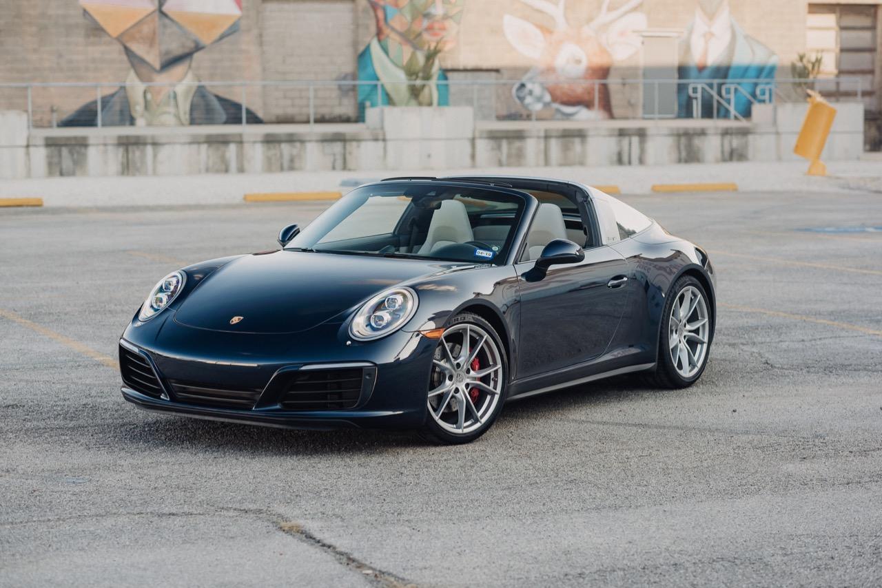 2017 Porsche 911 Targa 4S (HS136712) - 004.jpg
