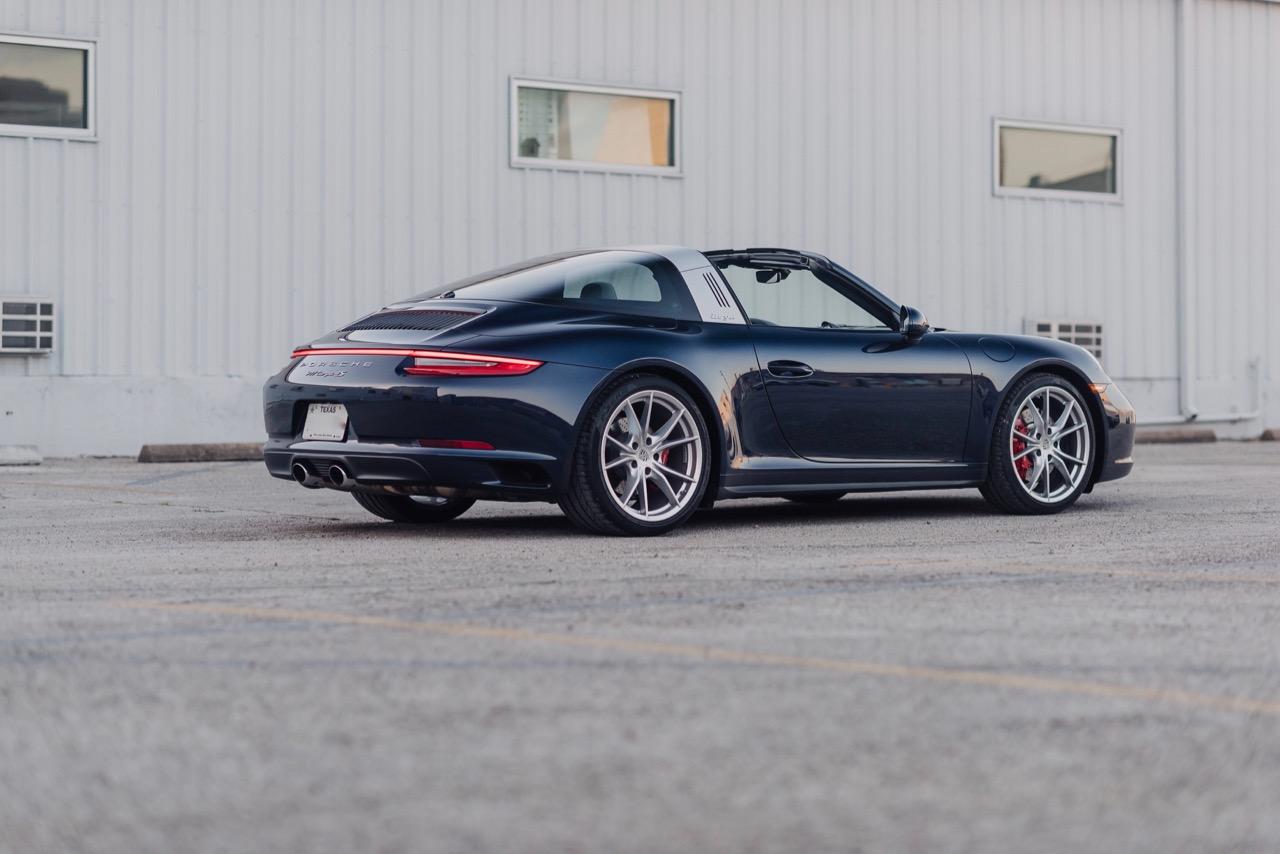 2017 Porsche 911 Targa 4S (HS136712) - 025.jpg
