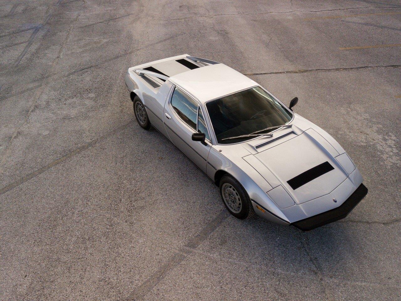 1977 Maserati Merak SS (AM122US2210) - 09.jpg