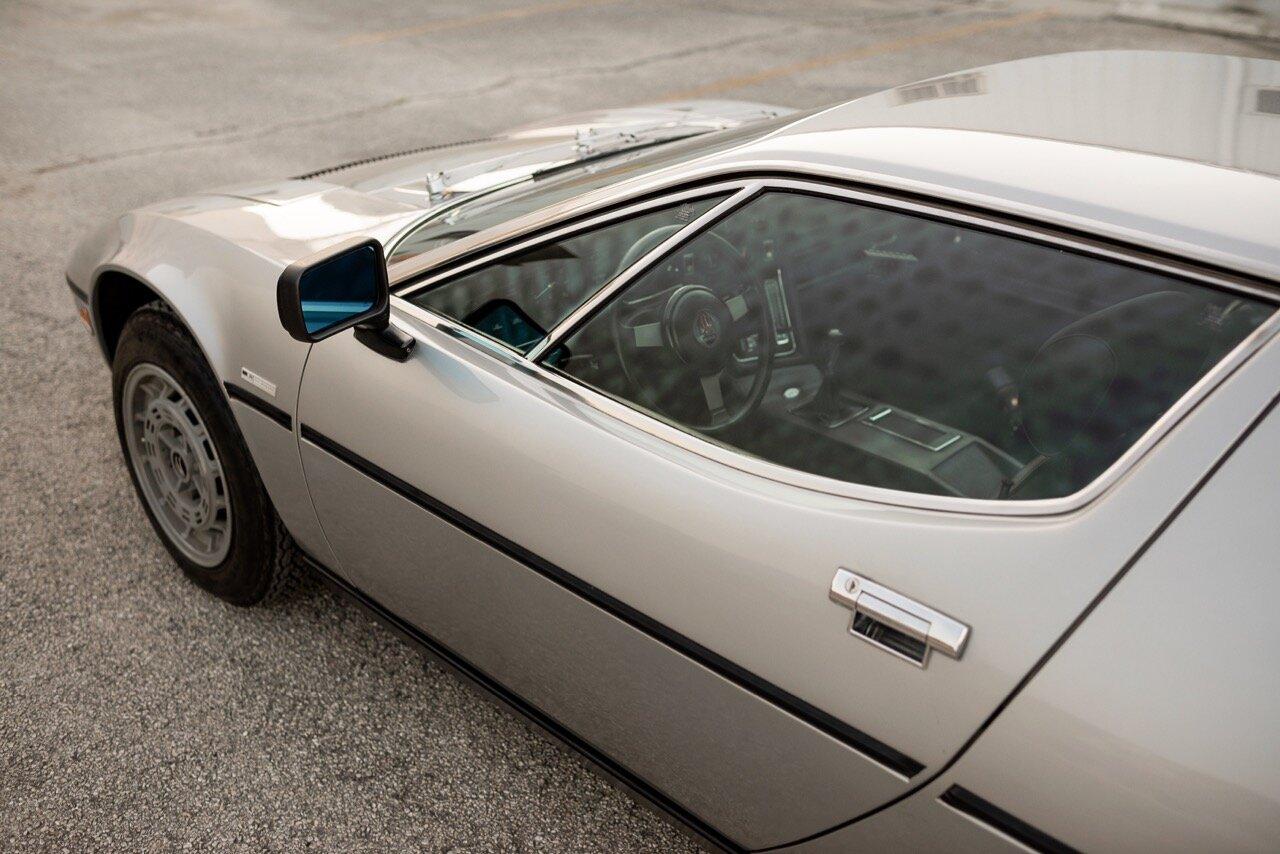 1977 Maserati Merak SS (AM122US2210) - 30.jpg