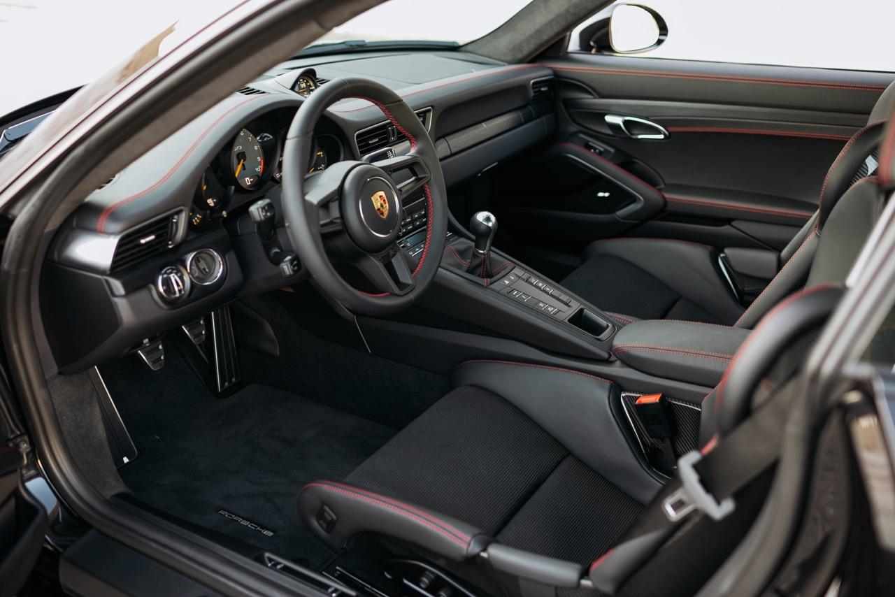 2018 Porsche 911 GT3 Touring (JS177180) - 19.jpg