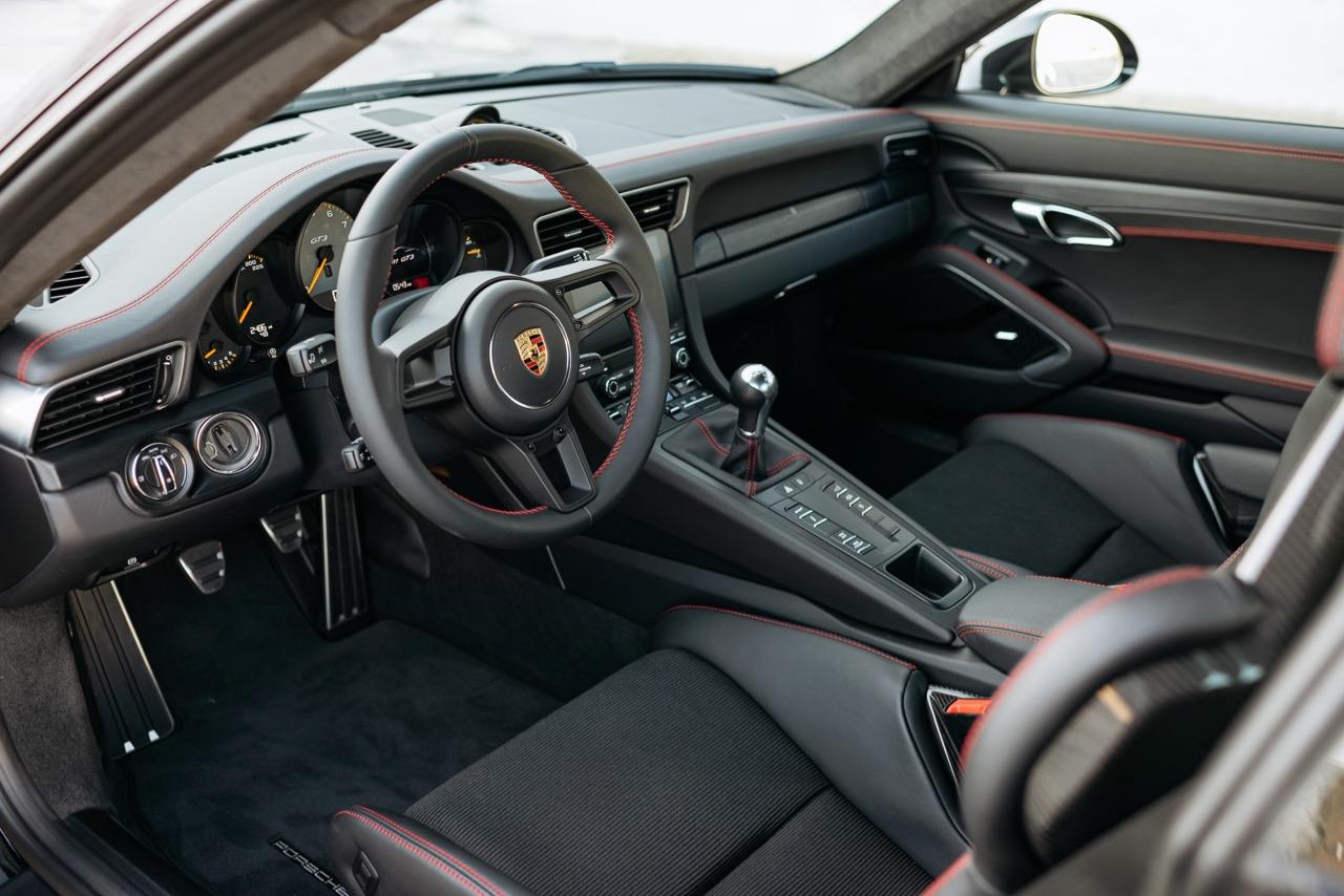 2018 Porsche 911 GT3 Touring (JS177180) - 20.jpg