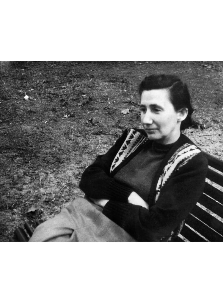 5.5┆Anna Samoilovna Berzer, main prose editor at  Novyi Mir .