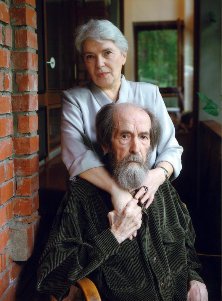 9.12┆Natalia and Aleksandr Solzhenitsyn.   Troitse-Lykovo, 14 July 2007 Credit: Yuri Feklistov