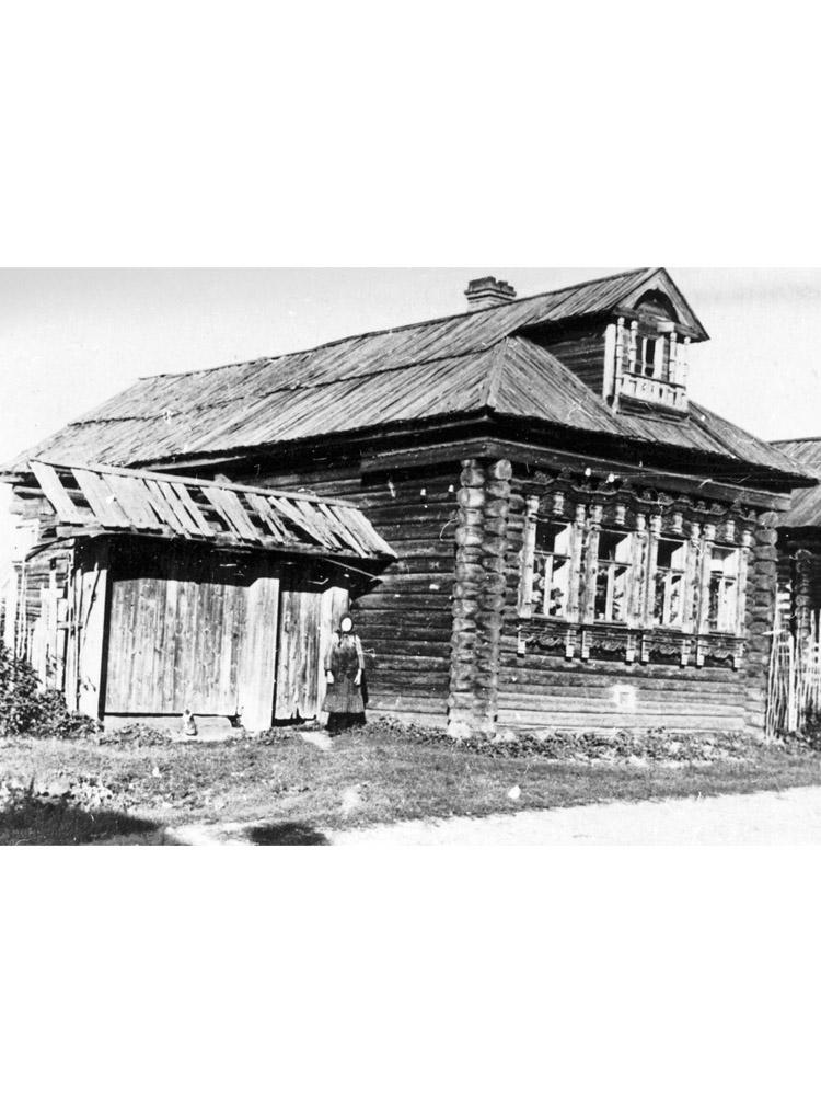 4.1 ┆   Matryona's hut.   Mezinovka village (near Vladimir), 1956