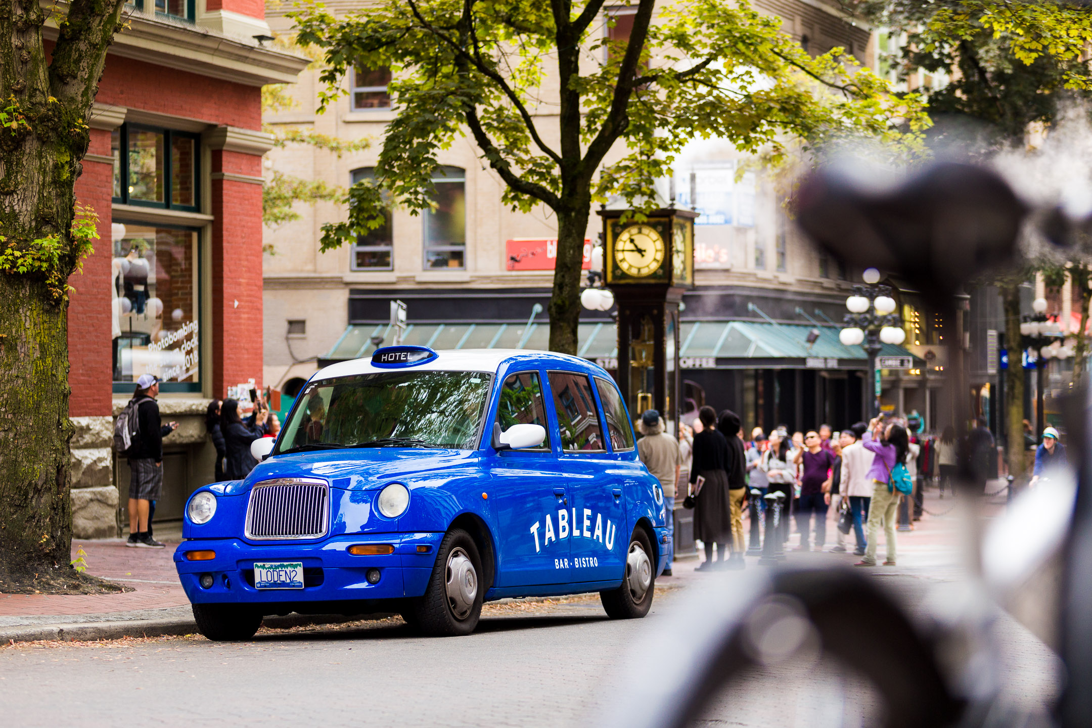 Tableau Car in Gastown