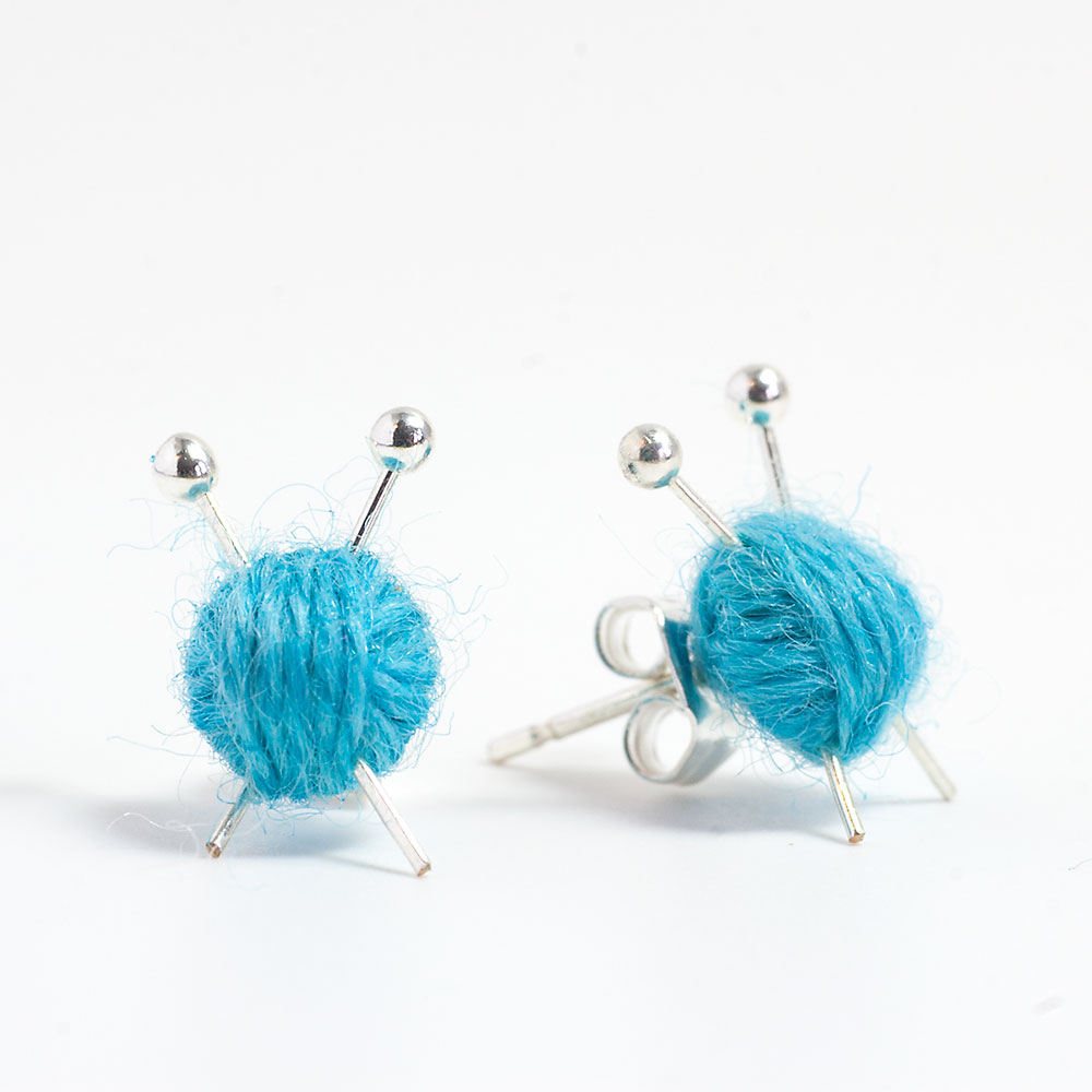 blue-stud-knitting-earrings-2015.jpg