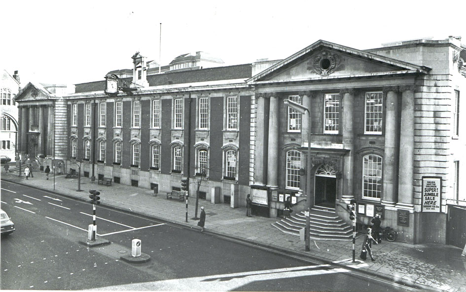 Photo from the Royal Borough of Kensington and Chelsea Library Archives