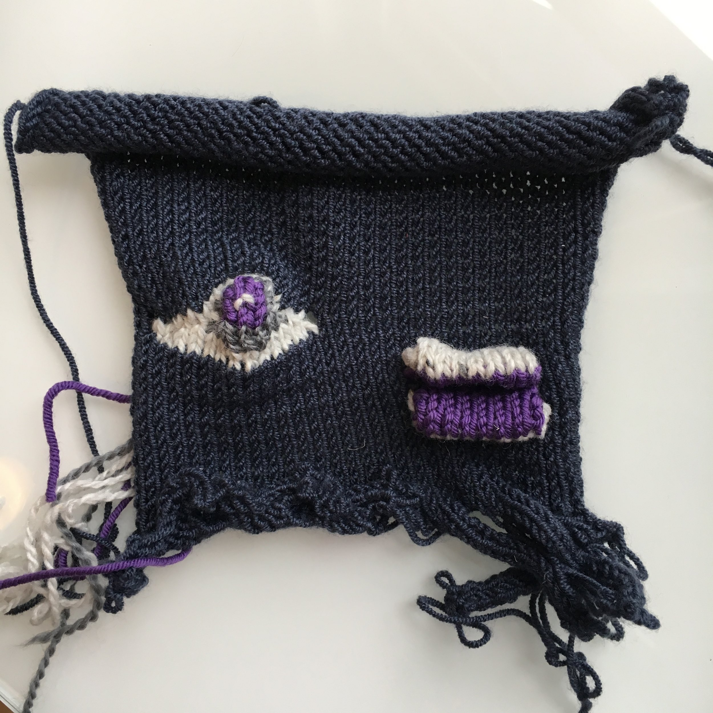 Allison also learned how to make short rows in a knitting machine class at Vogue Knitting Live in NYC.