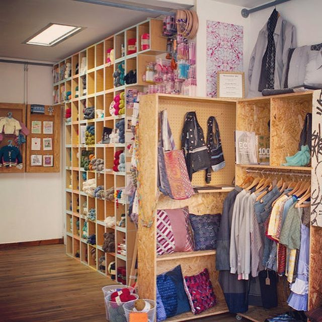 Getting back to our #greatlondonyarncrawl shop profiles and today we're featuring @fabricationshackney on the blog. There's so much inspiration packed into this space!! . . . Passports for GLYC 2019 are still available but only until 25th August so don't wait too long!! Links in our profile. #lovelocalyarnshops #lovelondonyarnshops
