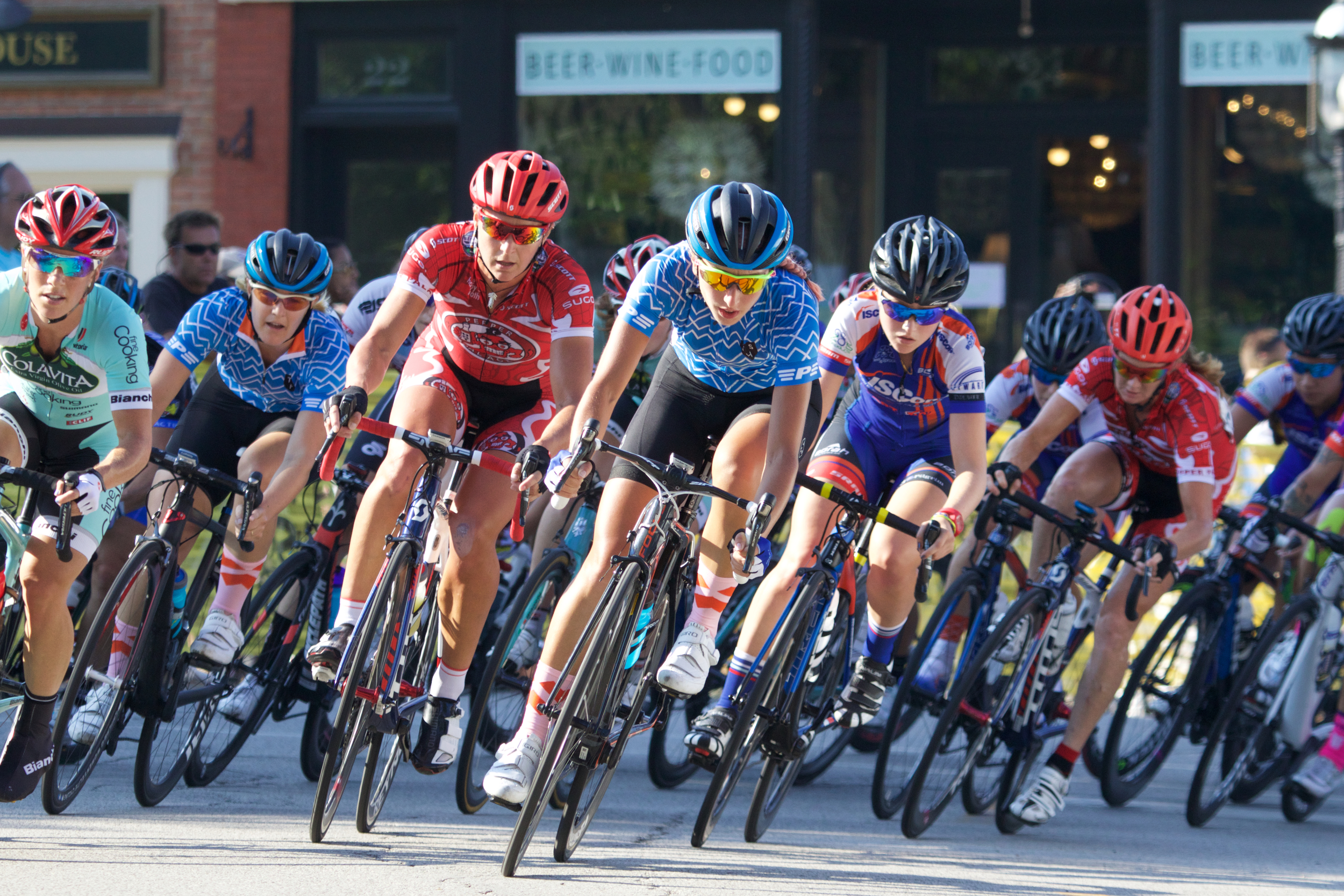 CWEC leads the pack at Lake Bluff Criterium, NCC
