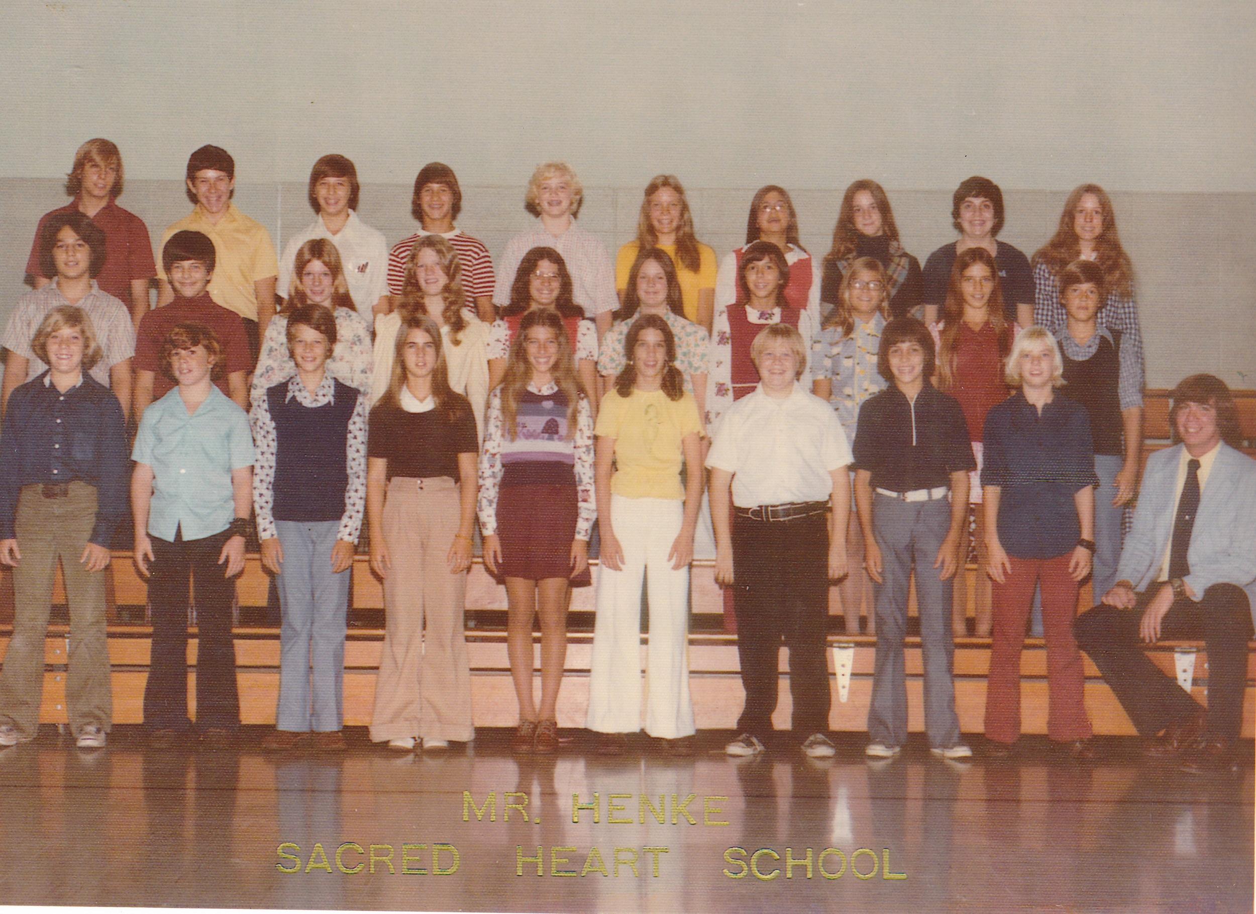 12-8th grade 1975.jpg